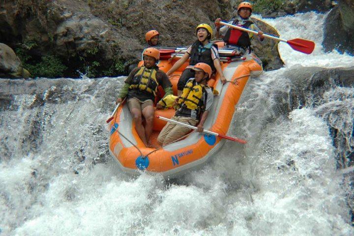 paket wisata malang batu rafting 4